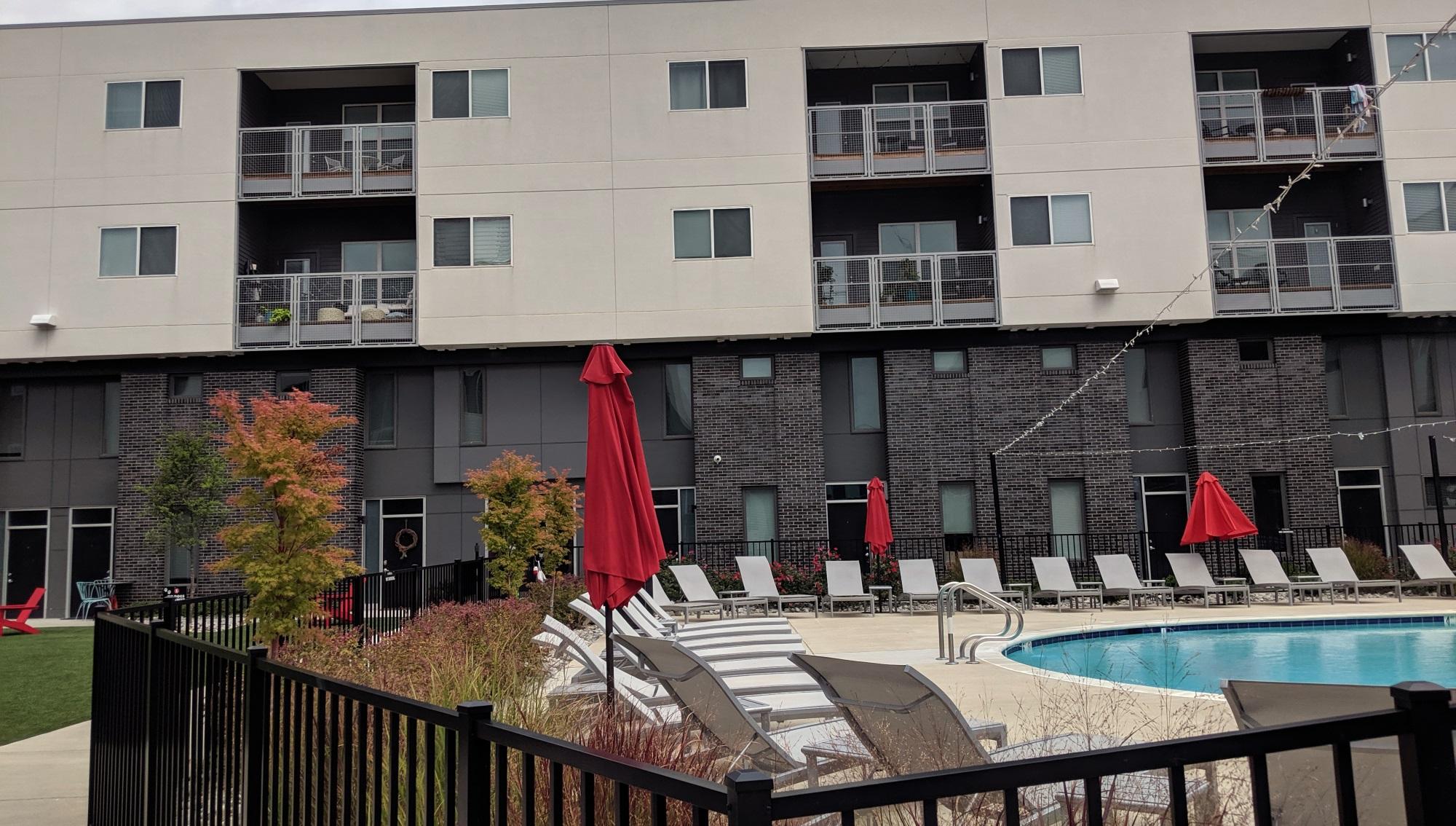 Symbol Apartments Mixed Use Development At Scott S